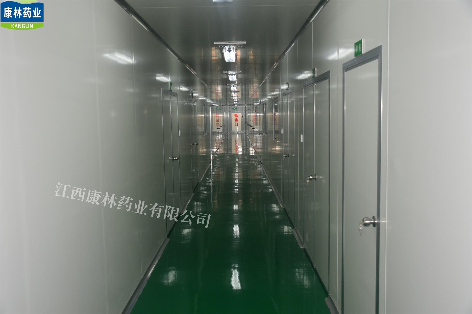 无菌净化车间走廊